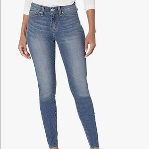 Levi's Signature Mid Rise Skinny Blue Denim Jeans